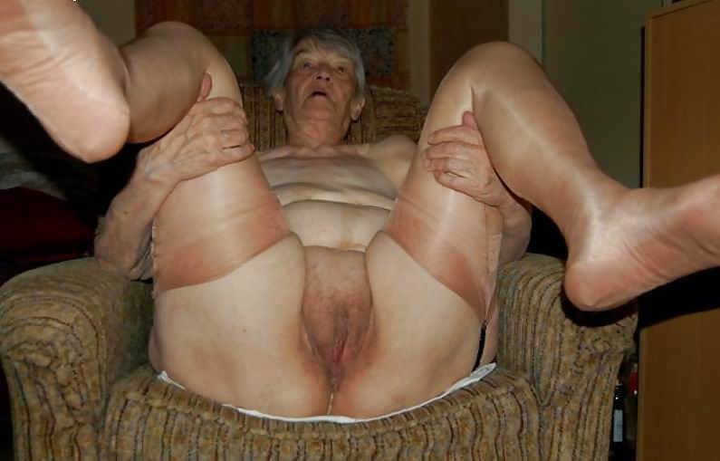 Old granny amateur