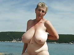 Nudist and flashing mature homeamde content