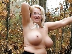 a horny gilf from norway show off her mature body