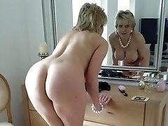 Erika a seductive granny a sexy 60 years old sexteacher from the states