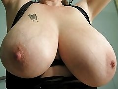 Mature brunette with nice big tits
