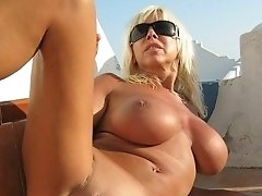 Mature woman shows pussy
