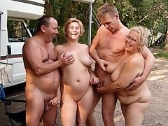 Older Amateur Wifes, MILF's And The Hottest Grannies